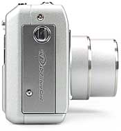 Fujifilm FinePix F700 - rechte Kameraseite [Foto: Fujifilm]