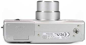 Fujifilm FinePix F700 - unten [Foto: Fujifilm]