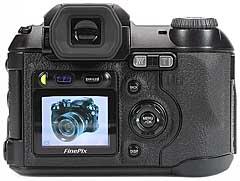 Fujifilm FinePix S5000 - Rückansicht [Foto: MediaNord]