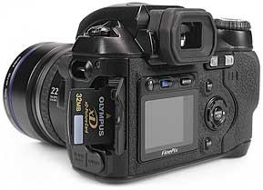 Fujifilm FinePix S5000 - Speicherplatz [Foto: MediaNord]