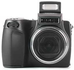 Kodak DX6490 Zoom mit Pop-Up-Blitz [Foto: MediaNord]