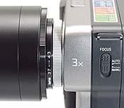 Adapterringe zur Anpassung des Olympus Flash Film Scanner 35 auf Sony Mavica MVC-FD81 [Foto: MediaNord]