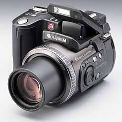 Fujifilm FinePix 6900 Zoom [Foto: Fujifilm]