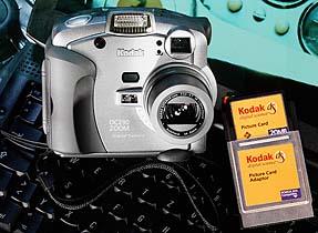 KodakDC290 mit CompactFlash-Karte in PC-Card-Adapter