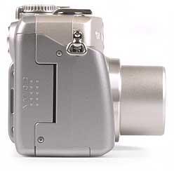 Canon PowerShot G2 - rechte Kameraseite [Foto: MediaNord]