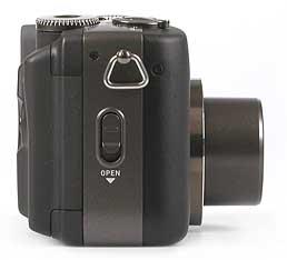 Casio QV-4000 - rechte Kameraseite [Foto: MediaNord]