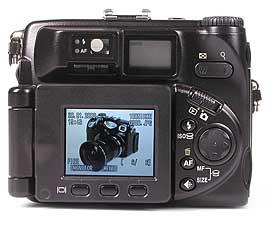 Nikon Coolpix 5000 Rückseite[Foto: MediaNord]