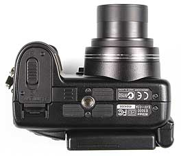 Nikon Coolpix 5000 Unterseite [Foto: MediaNord]