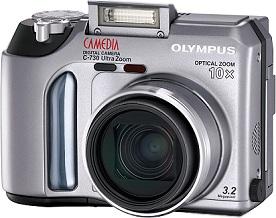 Olympus C-730 Ultra Zoom [Foto: Olympus]
