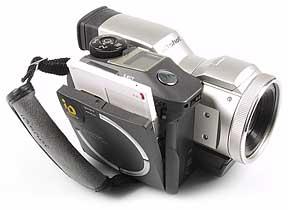 Sanyo IDC-1000Z - rechte Seite mit eingelegter Diskette [Foto: MediaNord]
