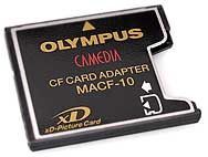 Olympus CompactFlash-Adapter für xD-Picture Card [Foto: Olympus]