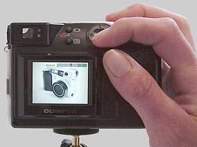 Olympus C-2000 Zoom Rückansicht