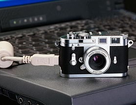 Digitales Replikat der Leica M3 [Foto: Minox]