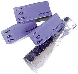Memory Sticks verschiedener Speichergrößen [Foto: Sony]