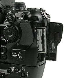 Konica Minolta Dynax 7D CF Card Detail [Foto: MediaNord]