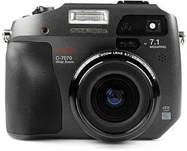 Olympus C-7070 Wide Zoom [Foto: MediaNord]