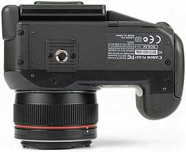 Canon PowerShot Pro1 - unten [Foto: MediaNord]