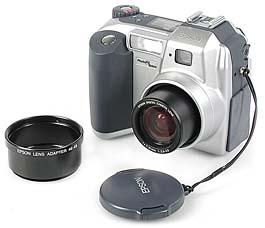 Epson PhotoPC 3000Z mit Vorsatzlinsenadapter [Foto: MediaNord]