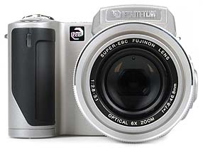 Fujifilm FinePix 4900 Zoom [Foto: MediaNord]