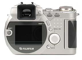 Fujifilm FinePix 4900 Zoom Rückseite [Foto: MediaNord]