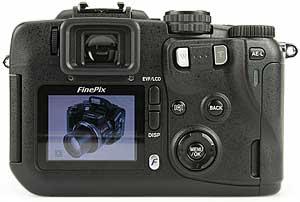 Fujifilm FinePix S20 Pro - Rückseite [Foto: MediaNord]