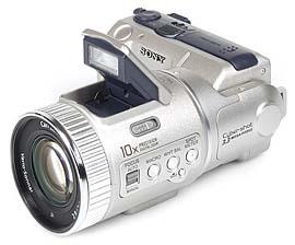 Sony DSC-F505V mit Pop-Up Blitz [Foto: MediaNord]